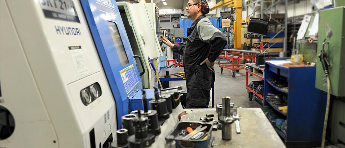 CNC svarvning och CNC fräsning
